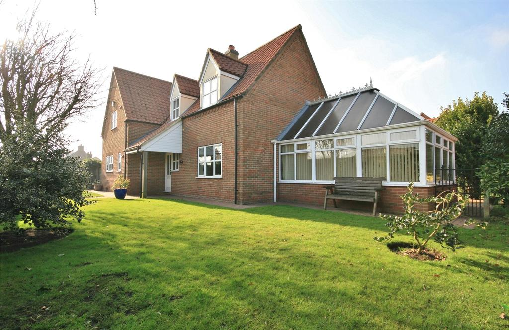 4 Bedrooms Detached House for sale in Main Street, Marston, NG32