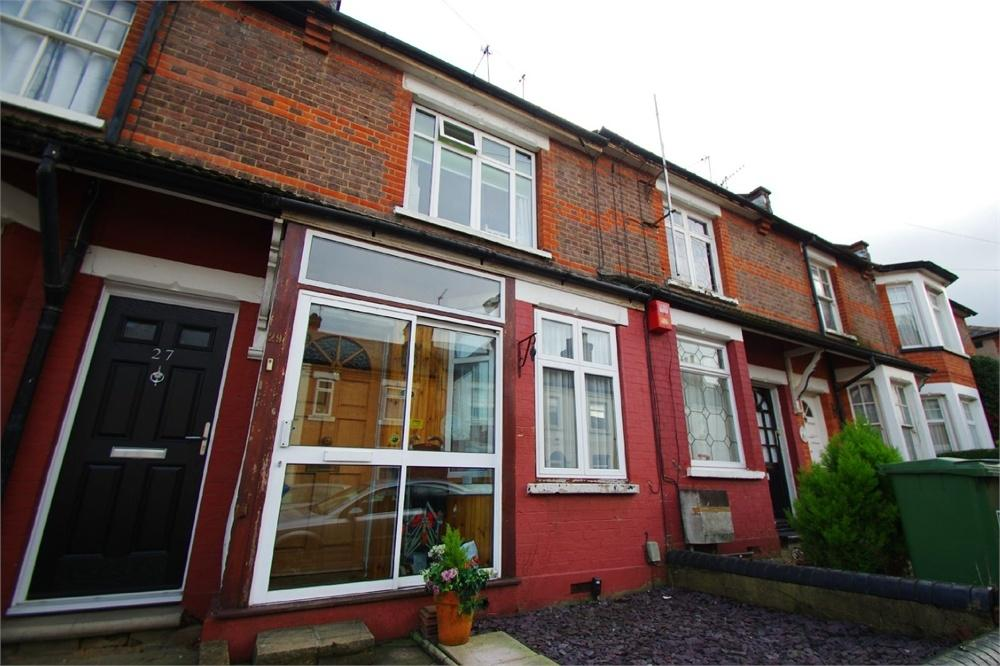 2 Bedrooms Terraced House for sale in Stanmore Road, Watford, Hertfordshire