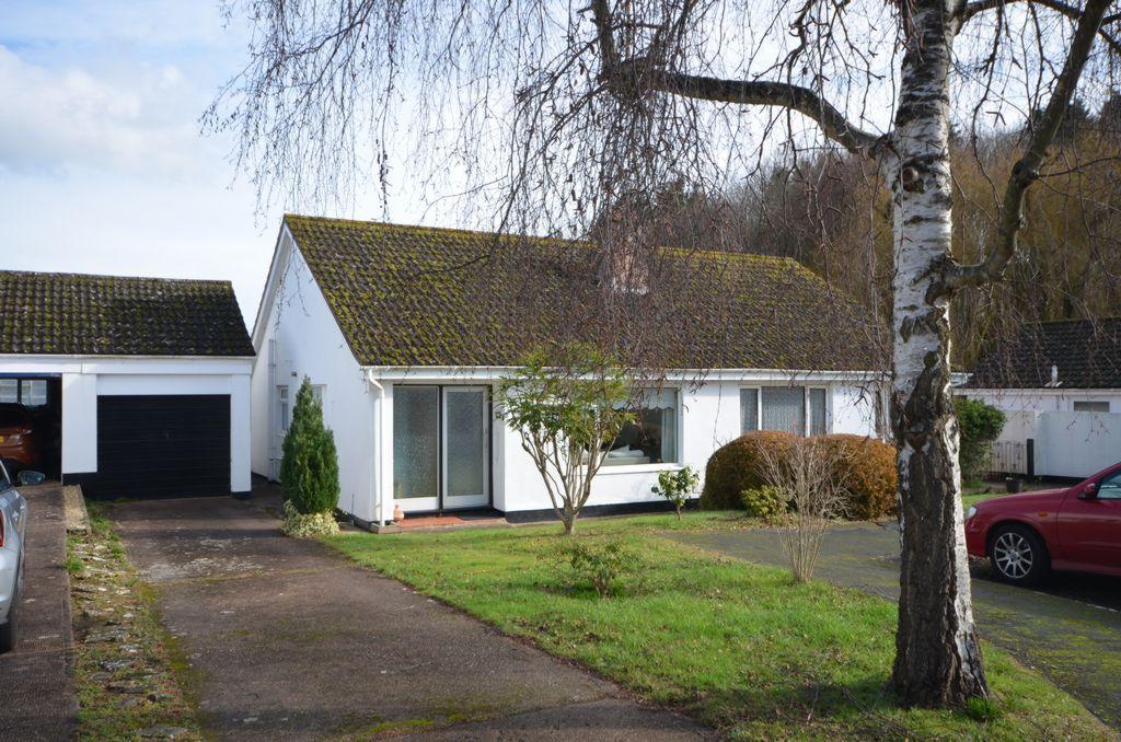 2 Bedrooms Bungalow for sale in Bramley Close, Kenton, EX6