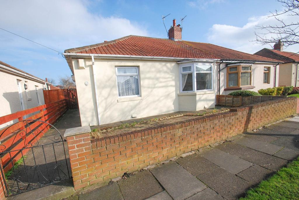 2 Bedrooms Bungalow for sale in West Avenue, South Shields