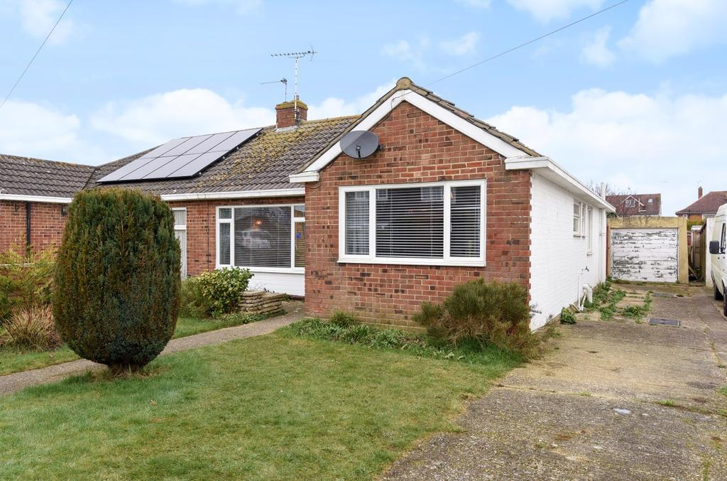 3 Bedrooms House for sale in Church Lane, South Bersted, Bognor Regis, PO22