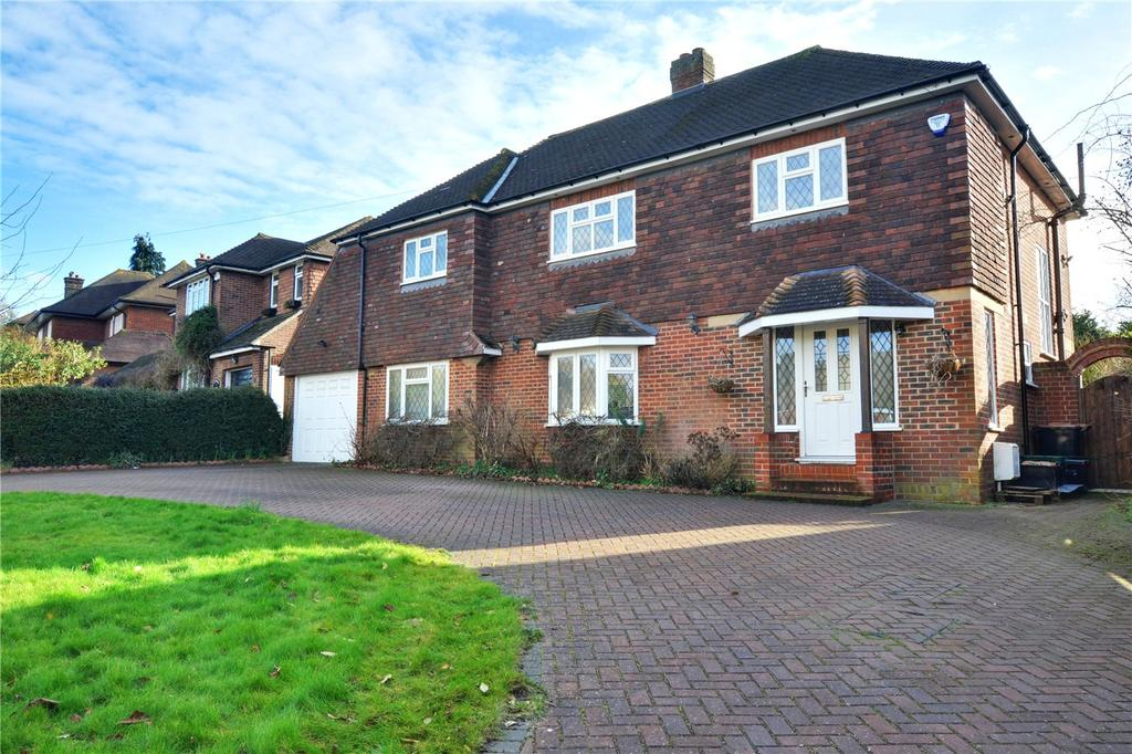 4 Bedrooms Detached House for sale in Golf Road, Bromley, BR1