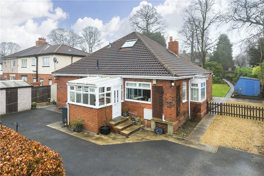 5 Bedrooms Detached Bungalow for sale in Park Road, Guiseley, Leeds, West Yorkshire