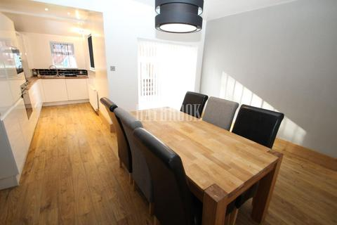 3 bedroom semi-detached house to rent - Newman Road, Wincobank S9