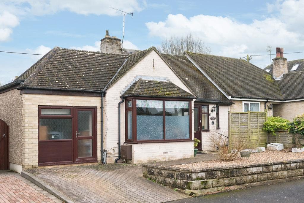 3 Bedrooms Semi Detached Bungalow for sale in Faringdon