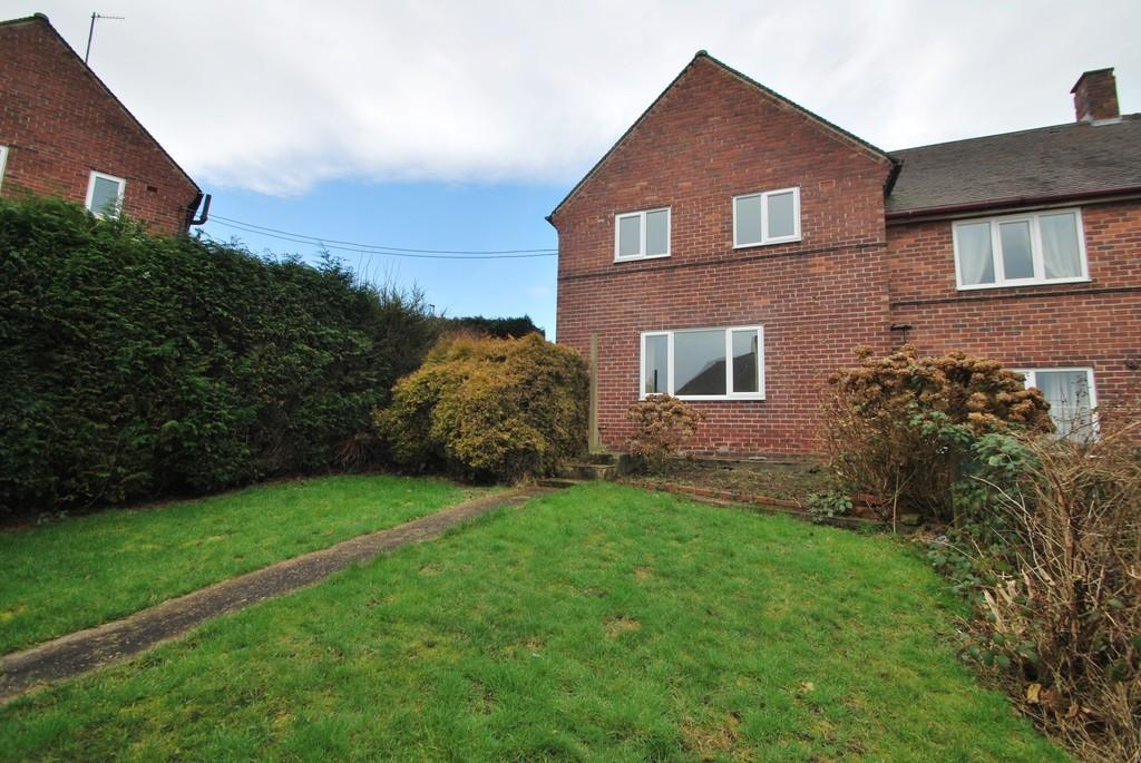 3 Bedrooms Semi Detached House for sale in Bocking Hill Deepcar Sheffield