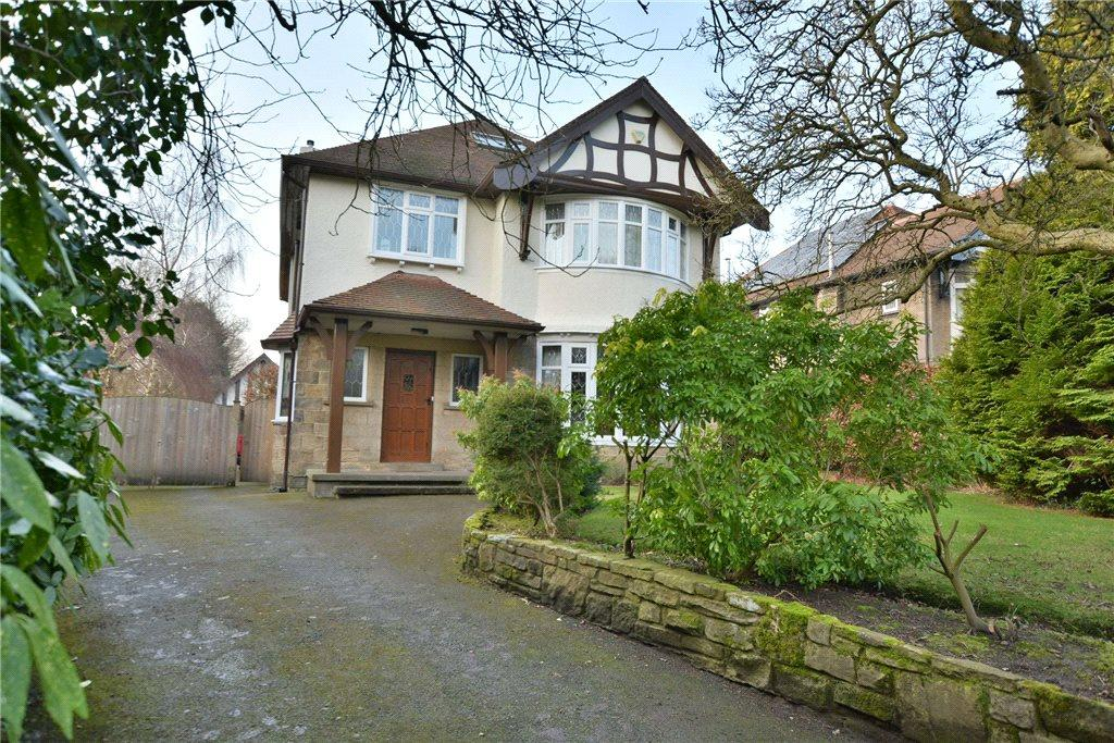 4 Bedrooms Detached House for sale in Park View Crescent, Roundhay, Leeds