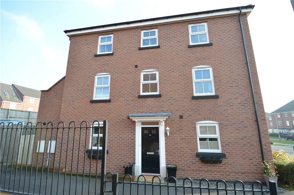 3 Bedrooms Terraced House for sale in Blenkinsop Way, Leeds
