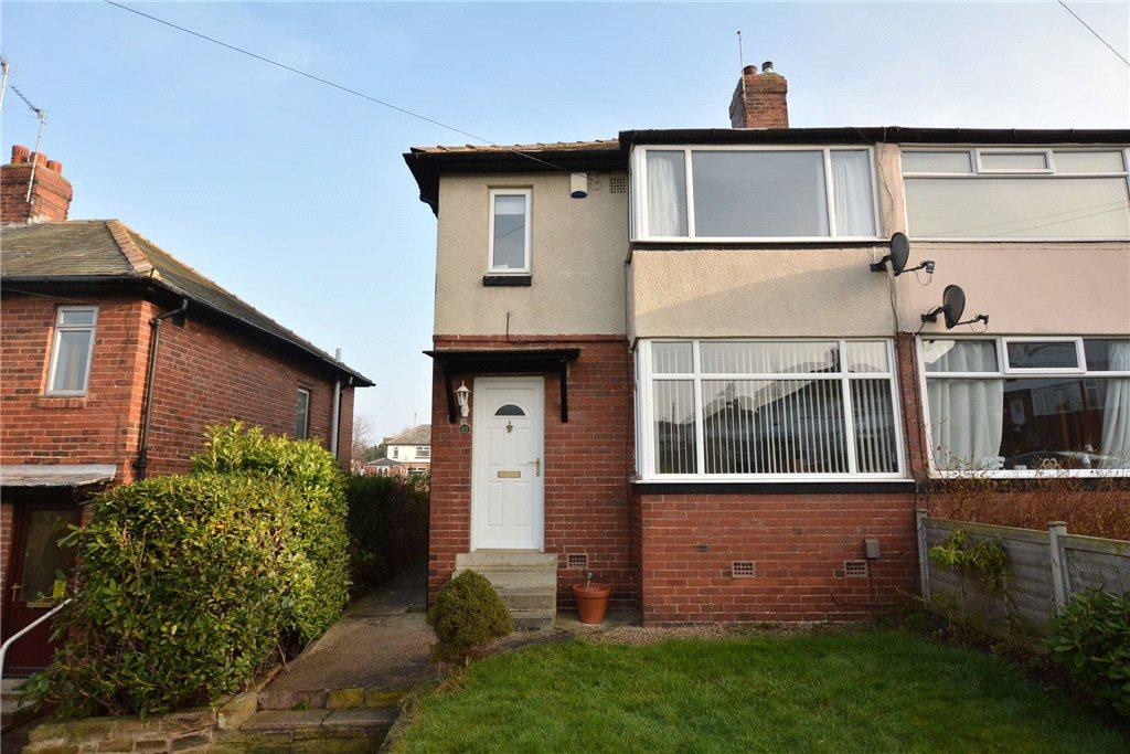 3 Bedrooms Semi Detached House for sale in Whitecote Rise, Bramley, Leeds