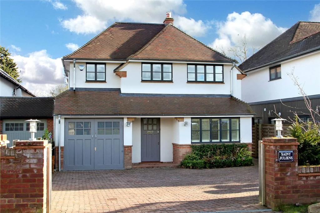 4 Bedrooms Detached House for sale in Manor Crescent, Seer Green, Beaconsfield, Buckinghamshire, HP9
