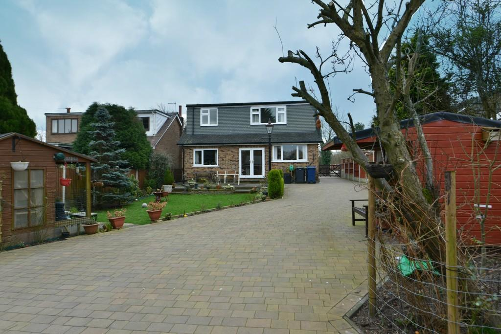 4 Bedrooms Detached Bungalow for sale in Smithy Lane, Scarisbrick