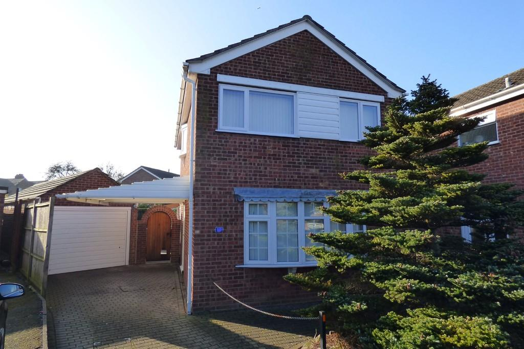 3 Bedrooms Detached House for sale in Northfield Close, Uttoxeter, Staffordshire, ST14 7HJ