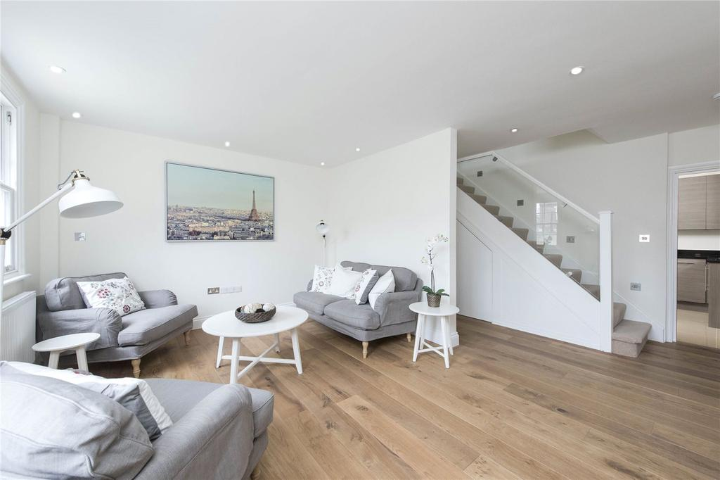 3 Bedrooms Semi Detached House for sale in Cavendish Road, London, SW12