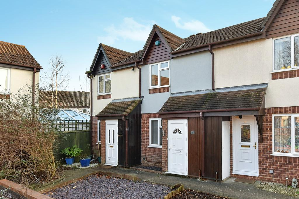 2 Bedrooms Terraced House for sale in Betjeman Close, Larkfield