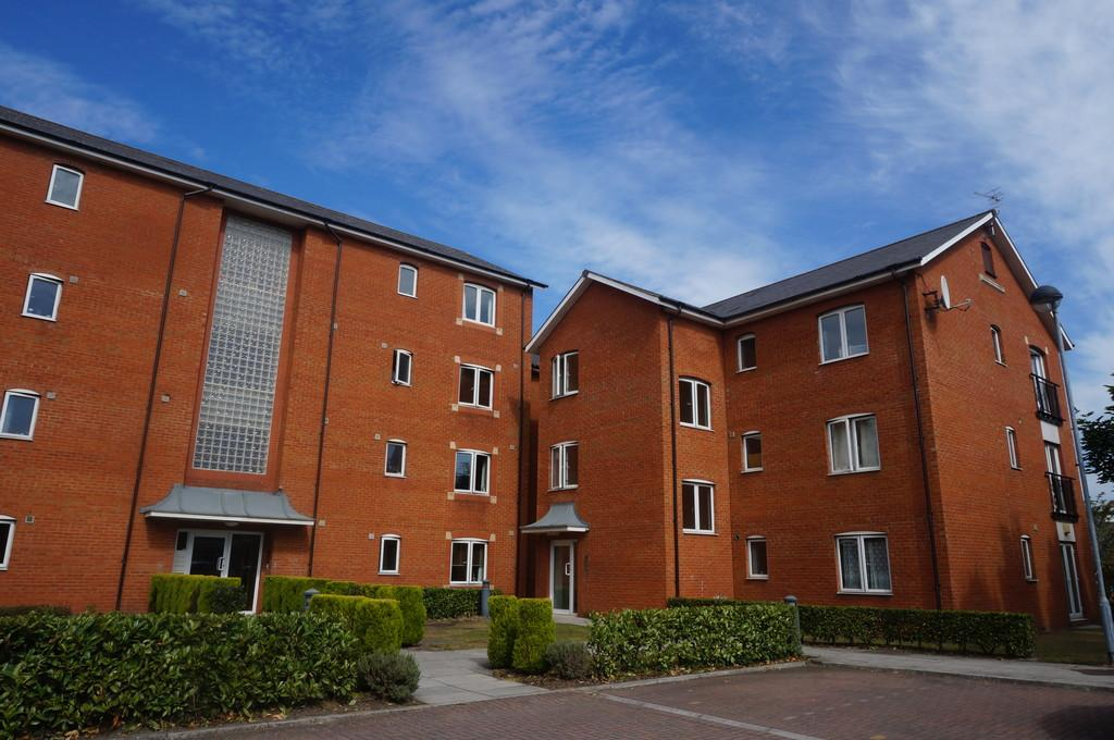 2 Bedrooms Apartment Flat for sale in Amity Court, Longueil Close, Atlantic Wharf, Cardiff