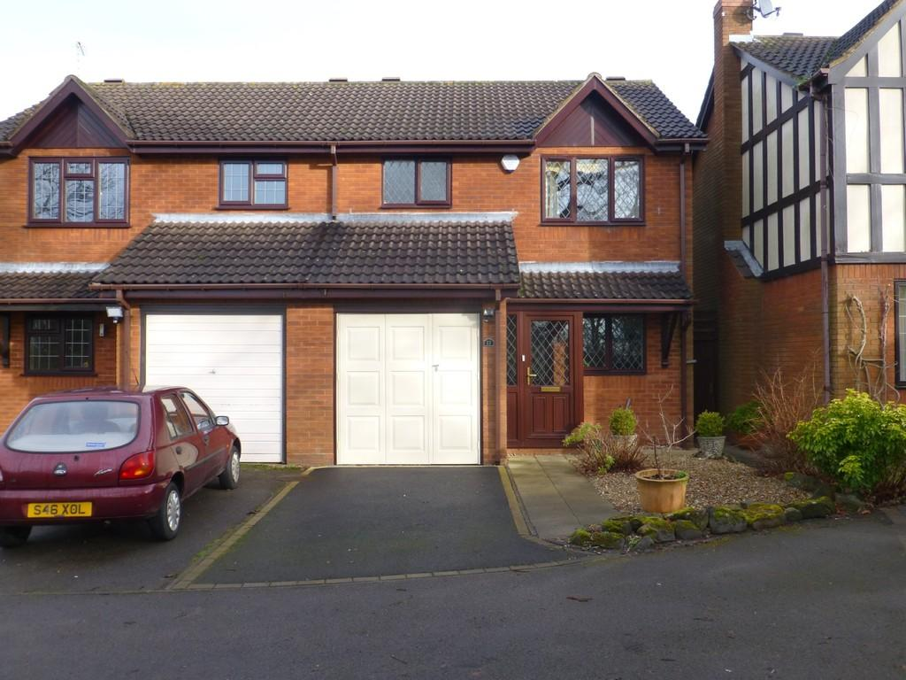 3 Bedrooms Semi Detached House for sale in Halstead Grove, Solihull