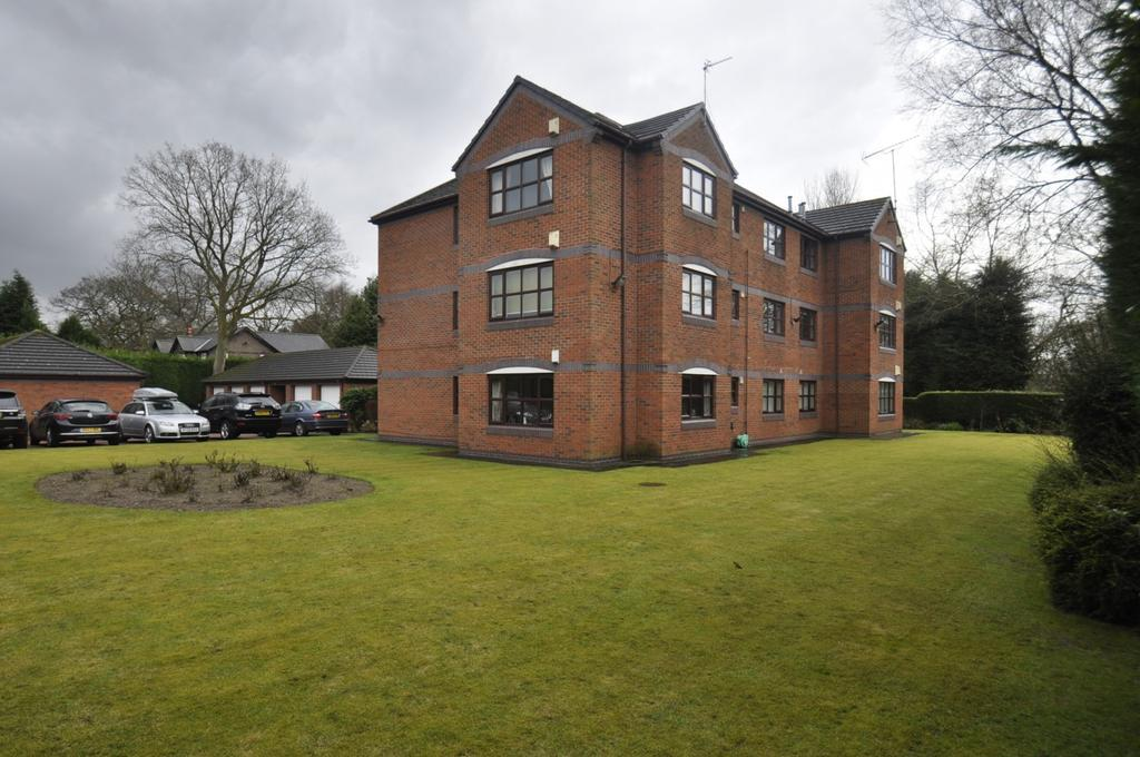 2 Bedrooms Apartment Flat for sale in Grove Lane, Cheadle