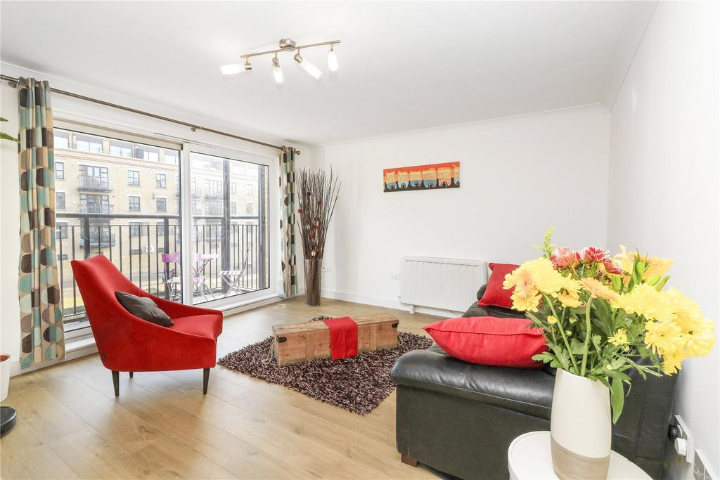 2 Bedrooms Flat for sale in Johnson Lock Court, 1 Candle Street, London, E1