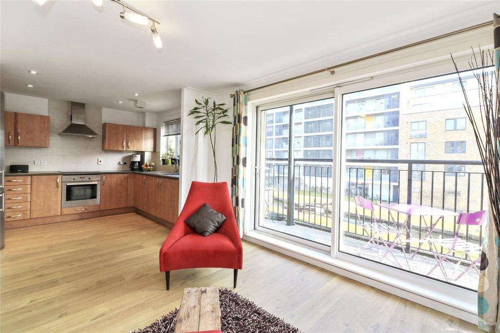 2 Bedrooms Flat for sale in Johnson Lock Court, 1 Candle Street, London