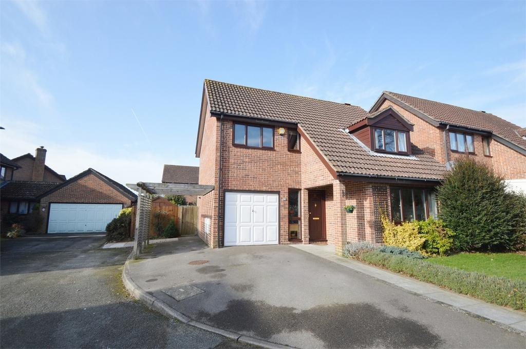 4 Bedrooms Detached House for sale in Henwood Down, PETERSFIELD, Hampshire