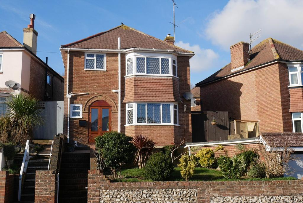 3 Bedrooms Detached House for sale in Osborne Road, Old Town, Eastbourne, BN20