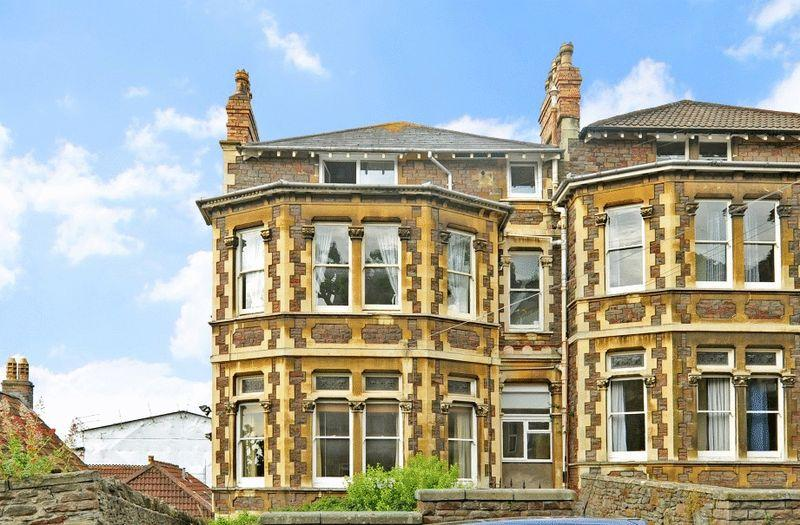 2 Bedrooms Apartment Flat for sale in Clarendon Road, Redland