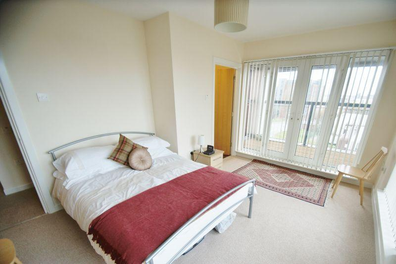 3 Bedrooms Apartment Flat for sale in Gilmartin Grove, Liverpool