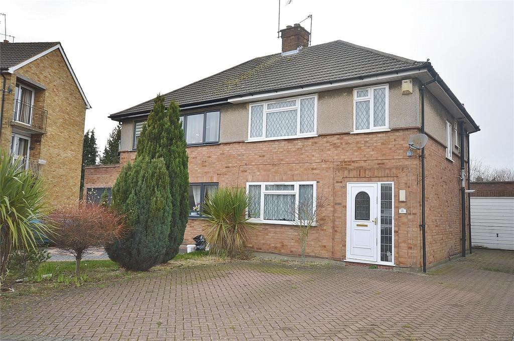 3 Bedrooms Semi Detached House for sale in Orbital Crescent, Garston, Hertfordshire, WD25