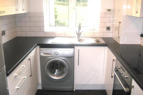 2 bedroom apartment to rent - Fox Hollow Drive,  Bexleyheath, DA7