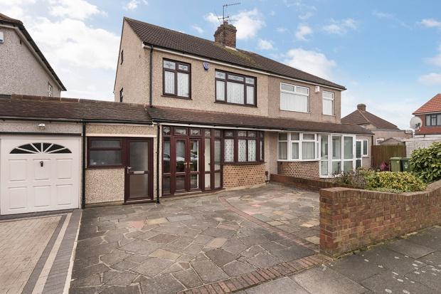 3 Bedrooms Semi Detached House for sale in Penshurst Road, Bexleyheath, DA7