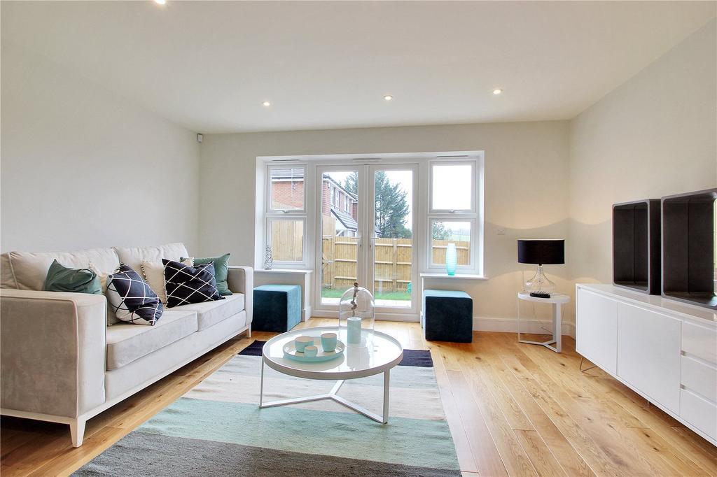 2 Bedrooms Detached House for sale in Lambourne Close, White Post Hill, Farningham, Dartford, DA4