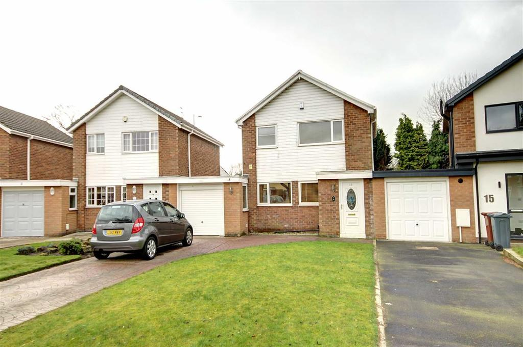 4 Bedrooms Link Detached House for sale in Fairway Avenue, Brooklands, Manchester