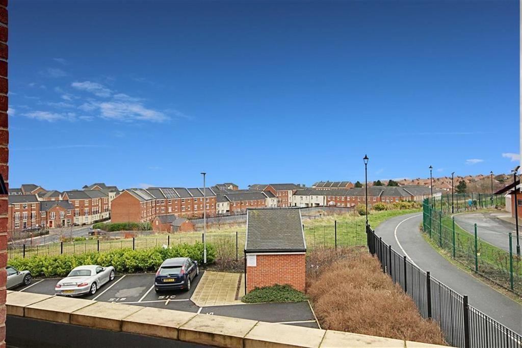 1 Bedroom Flat for sale in Sea Winnings Way, South Shields, Tyne And Wear