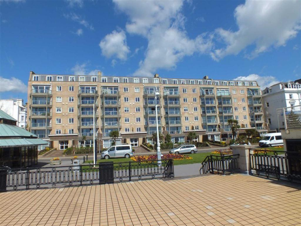 2 Bedrooms Apartment Flat for sale in Carlton Leas, The Leas, Folkestone, Kent, CT20