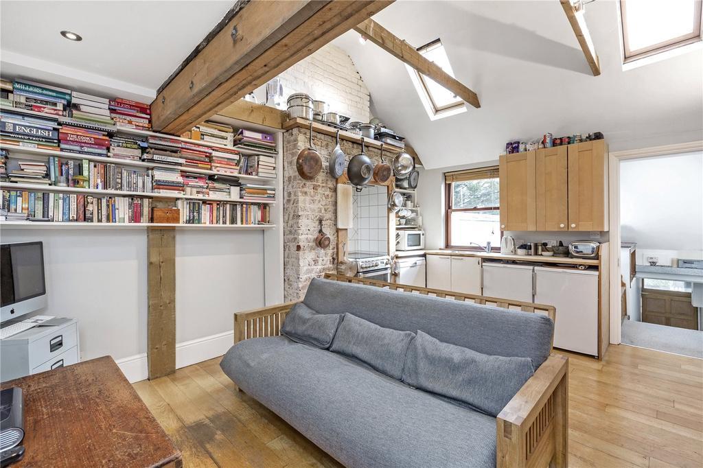 1 Bedroom Flat for sale in Church Road, London, SW19