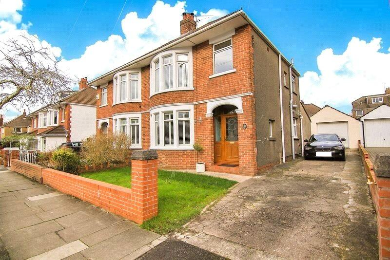 3 Bedrooms Semi Detached House for sale in Heathway, Heath, Cardiff, CF14