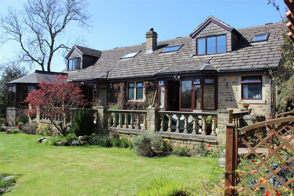 5 Bedrooms Detached House for sale in Mazecroft, Drub Lane, Gomersal