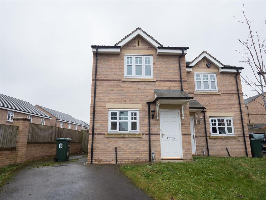 2 Bedrooms Semi Detached House for sale in Sedbergh Close, Bradford, BD10 9FH