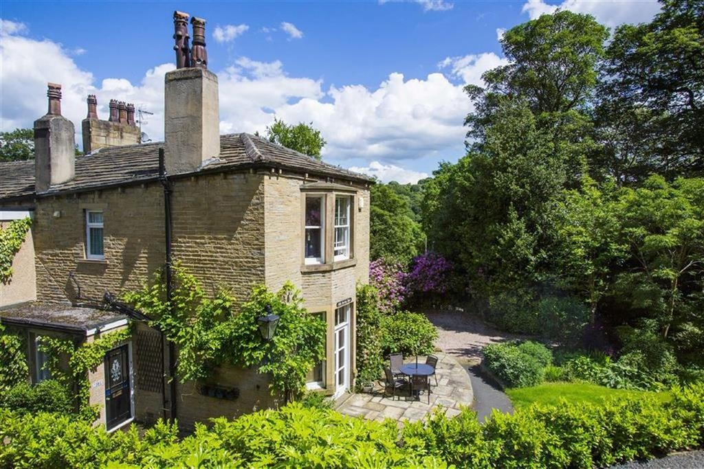 4 Bedrooms Semi Detached House for sale in Spring Vale, Netherton, Huddersfield, HD4
