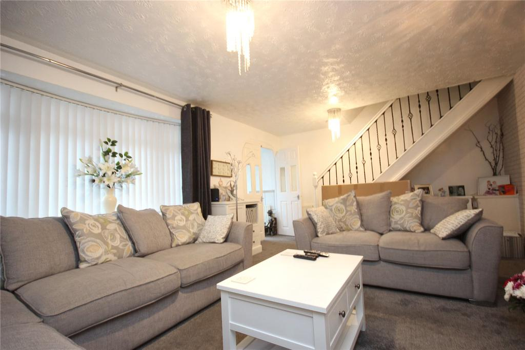 3 Bedrooms Terraced House for sale in Holly Green, Kingswood, Bristol, BS15