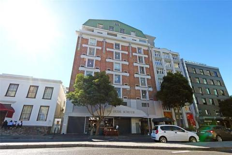 2 bedroom apartment  - Spacious Loft Apartment, Bree Street, Cape Town