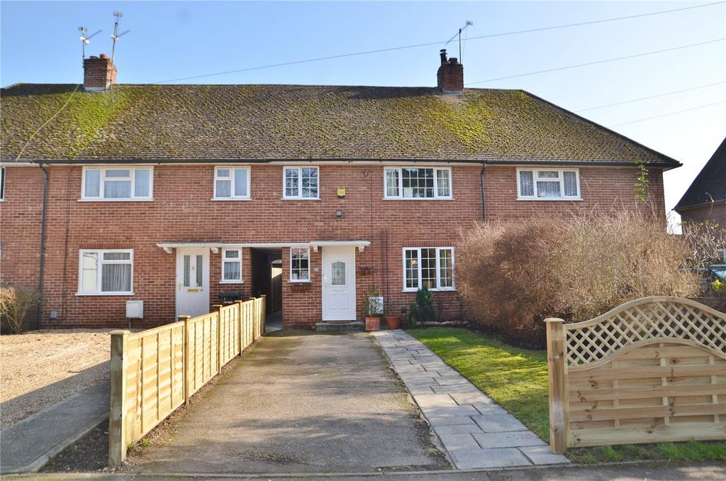 3 Bedrooms Terraced House for sale in Blossom Lane, Theale, Reading, RG7