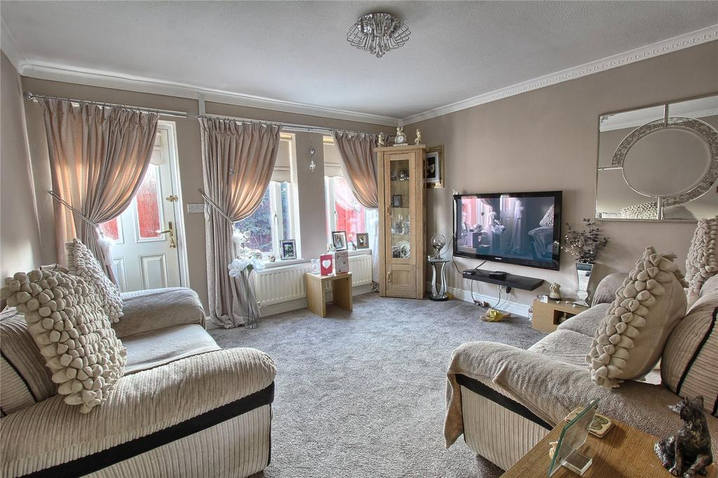 2 Bedrooms End Of Terrace House for sale in Westfield Court, Dormanstown