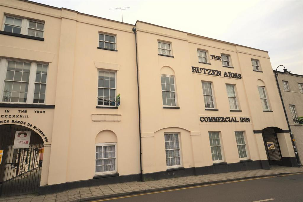 1 Bedroom Flat for sale in Narberth