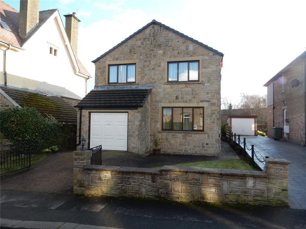 4 Bedrooms Detached House for sale in Moor Lane, Netherton, Huddersfield, HD4