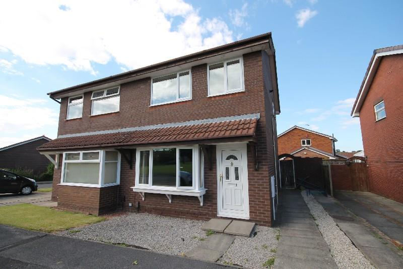 3 Bedrooms Semi Detached House for sale in Otter Way Ingleby Barwick, Stockton-On-Tees
