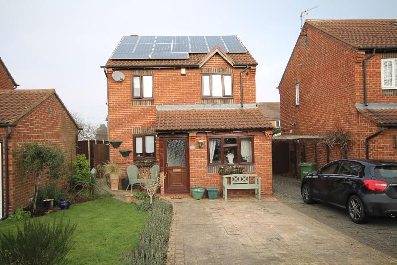 3 Bedrooms Detached House for sale in Fallow Close Ingleby Barwick, Stockton-On-Tees