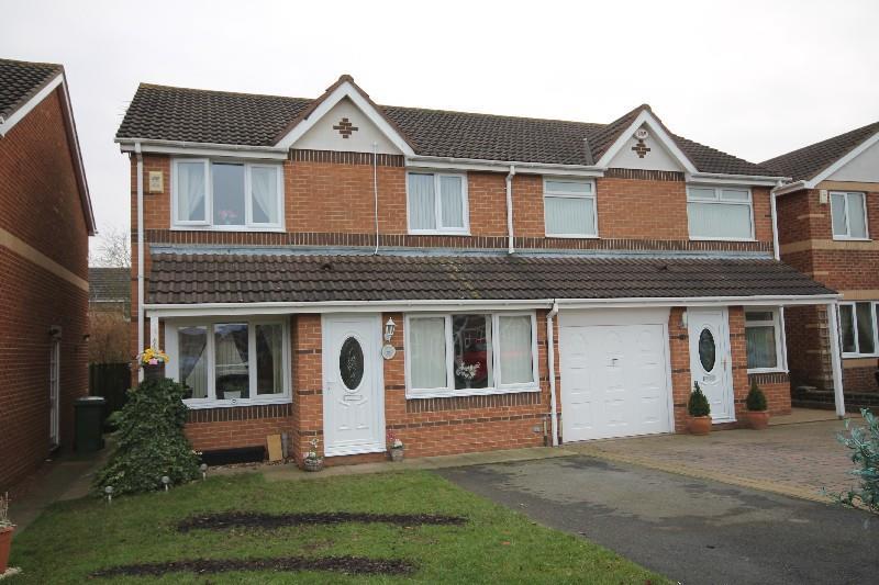 3 Bedrooms Semi Detached House for sale in Wensleydale Grove Ingleby Barwick, Stockton-On-Tees