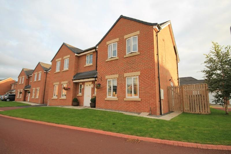 5 Bedrooms Detached House for sale in Binchester Court Ingleby Barwick, Stockton On Tees