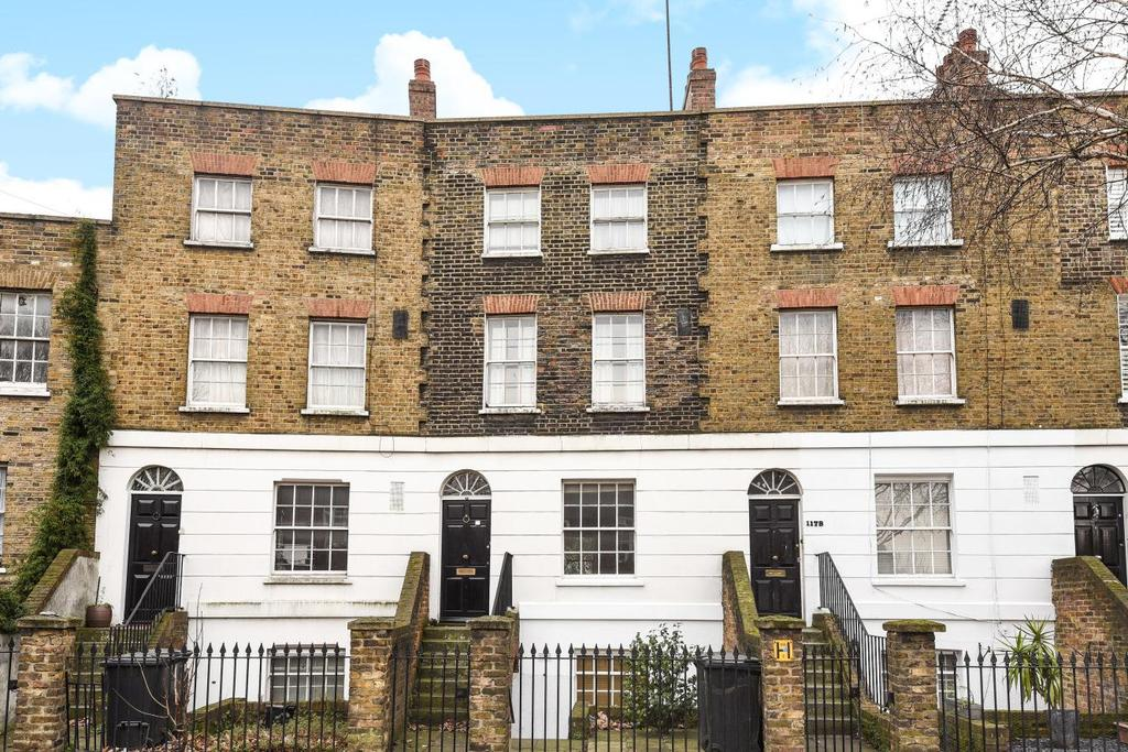 2 Bedrooms Flat for sale in Kennington Lane, Kennington, SE11